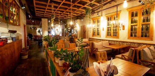 Ужин напроспекте Ленина вресторане «Хачапури ивино»