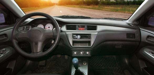 Заправка автомобильного кондиционера откомпании FullService