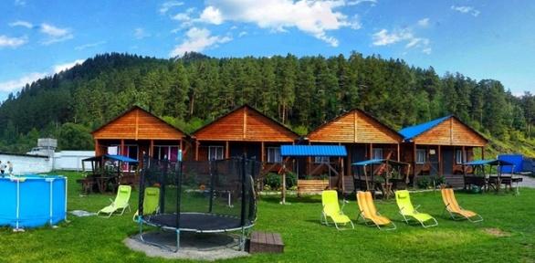 Отдых вГорном Алтае сзавтраком ипосещением бани вусадьбе «Флора»