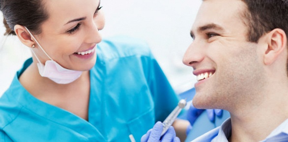 УЗ-чистка иснятие зубного налета вцентре «Стоматологический комплекс-2»