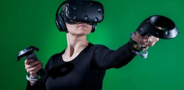 Посещение комнаты виртуальной реальности отклуба VRGame Club