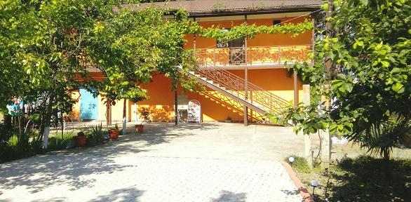 Отдых вАбхазии вномере категории навыбор вгостевом доме «Фазенда»
