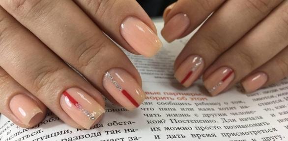 Маникюр или наращивание ногтей вRBI Nails Studio