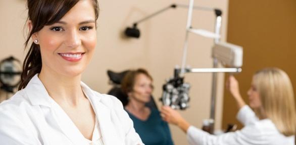 Прием офтальмолога вглазной клинике доктора Савельева