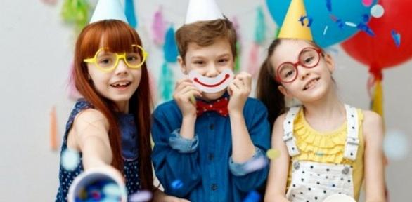 Организация дня рождения, посещение игровой зоны вгороде игр Pozitiv