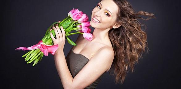 Букет, цветочная композиция вкоробке или корзине