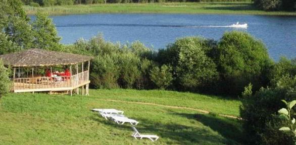 Отдых наберегу озера Селигер сзавтраками вдоме «Селигерская пасека»