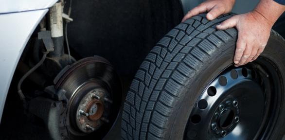 Шиномонтаж колес автомобиля отавтосервиса Bronx