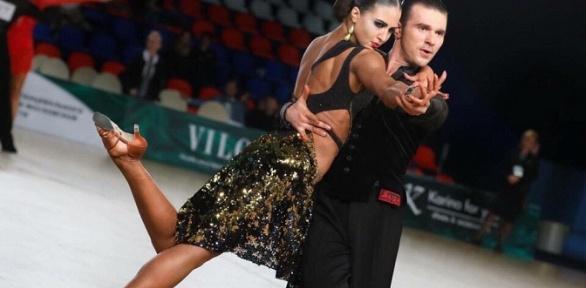 Занятия танцами, фитнесом вклубе Vivat Step