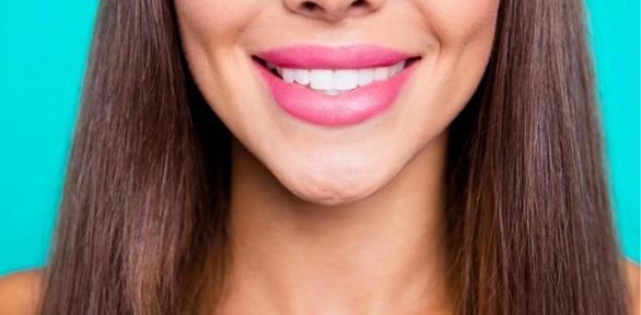 Чистка или отбеливание зубов встоматологии «А-дент»
