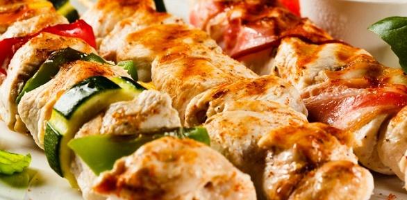 Блюда навыбор втрактире «Манты Карла» заполцены