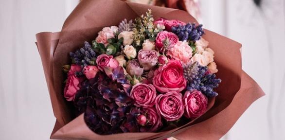 Букет изкенийских роз или композиция изцветов
