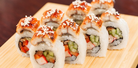 Меню японской кухни отслужбы «Такаяма» заполцены