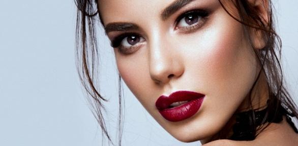 Наращивание ресниц, оформление бровей всалоне красоты Quick Beauty Studio