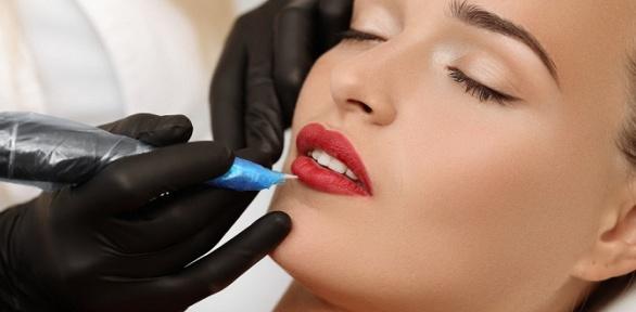 Перманентный макияж губ, век или бровей встудии Brows Room