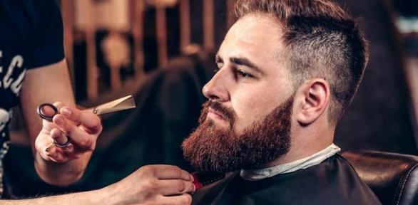 Мужская стрижка имоделирование бороды всалоне «Жаклин»