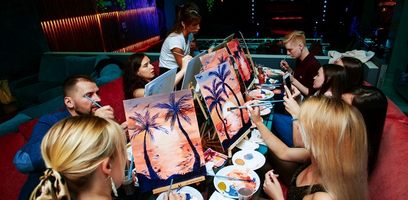 Посещение арт-вечеринки вресторане «Cherish бар»