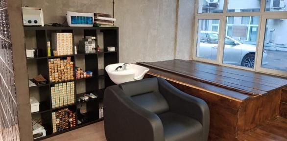 Парикмахерские услуги всалоне красоты Platinum