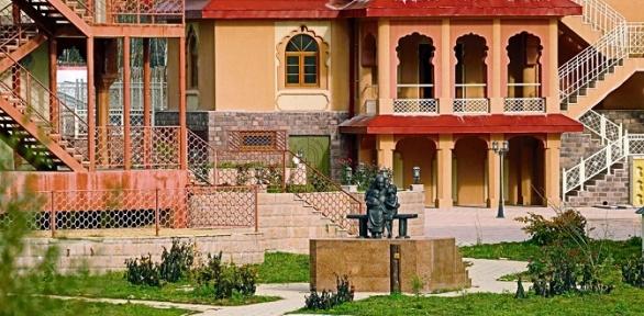 Отдых для двоих вномере выбранной категории в комплексе «Индия»