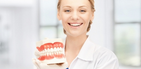 УЗ-чистка, отбеливание, протезирование зубов встоматологии «Улыбка+»
