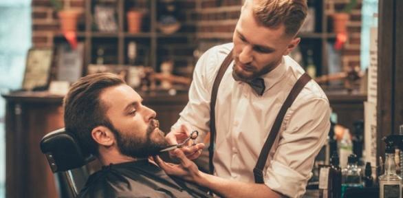 Мужская или детская стрижка, оформление бороды вбарбершопе Men's Club