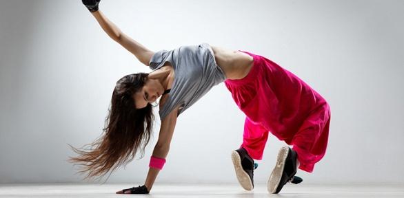 Занятия танцами, фитнесом встудии You Can
