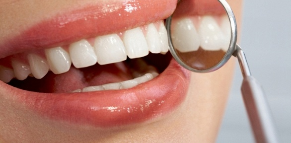 УЗ-чистка или лечение кариеса вклинике «Новая улыбка»