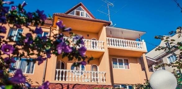 Отдых вАдлере напобережье Черного моря вотеле Anzhela-Lantana Hotel