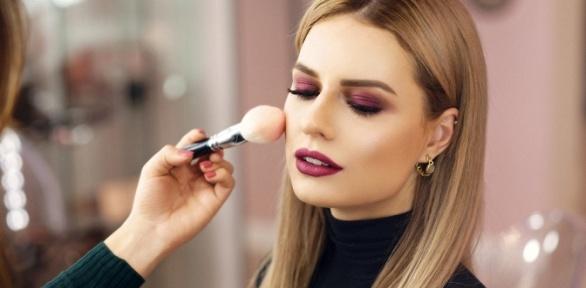 Оформление бровей, дневной или вечерний макияж всалоне «Шарм'эль»