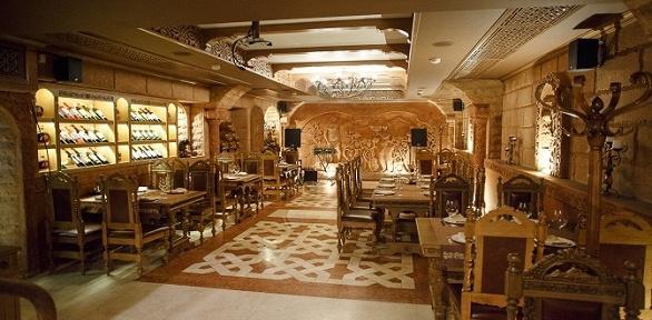 Блюда инапитки втрактире «Армения» заполцены