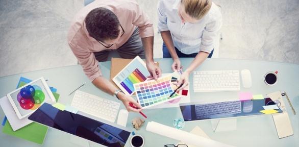 Обучение накурсе пографическому дизайну откомпании Bradlord