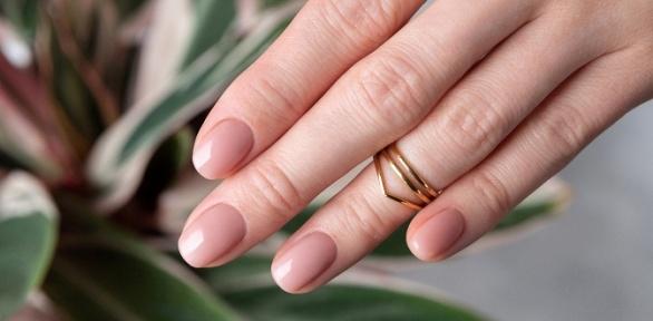 Маникюр спокрытием гель-лаком встудии Lak Nails
