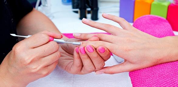 Курсы пообучению маникюру, росписи идизайну ногтей вцентре «Виктори»