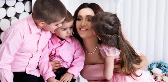 Фотосессия «Будущие родители» или «Лучшие подруги» встудии ArtWork