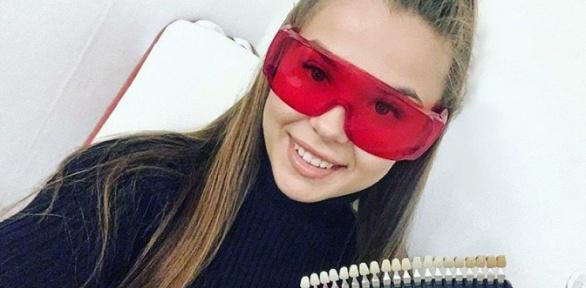 Косметическое отбеливание зубов в студии отбеливания White & Smile
