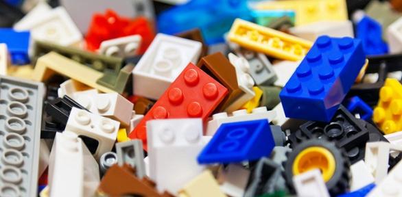 До12часов занятий вТРЦ «Сибирский Молл» вфан-клубе Lego Star Bricks