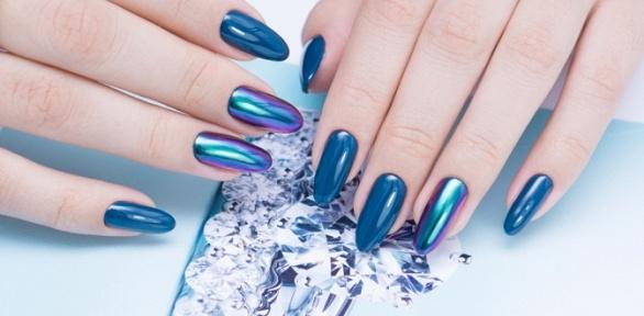 Маникюр ипедикюр спокрытием гель-лаком встудии красоты Nail &Brow Bar