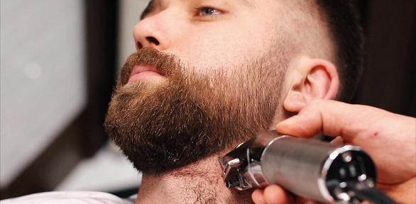 Мужская или детская стрижка, стрижка усов вбарбершопе Royal Flush