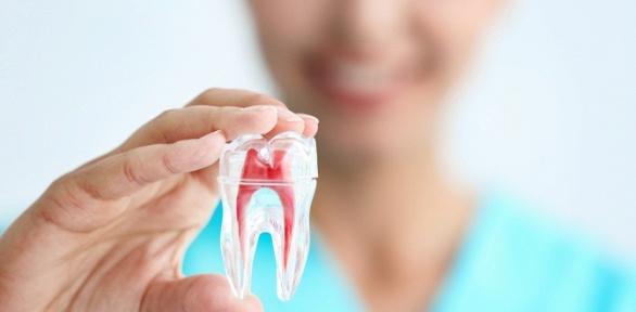 Лечение кариеса или реставрация зубов вмедицинском центре «Вереск»
