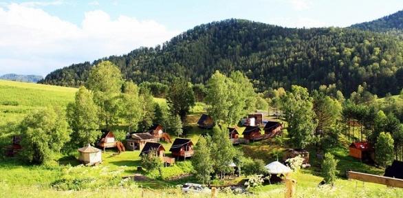 Отдых вГорном Алтае для двоих набазе отдыха «Усадьба Крайновых»