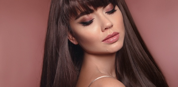 Женская стрижка или окрашивание волос всалоне «Эпоха»
