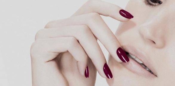 Маникюр или педикюр спокрытием гель-лаком отсалона красоты «Изида»