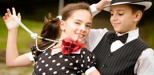Занятия бальными танцами либо дефиле для детей вклубе Mama'S Dream
