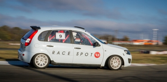 Курс водительского мастерства откоманды Race Spot