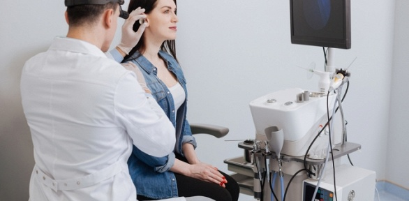 Прием лор-врача спромыванием миндалин или без вмедицинском центре «ДАО»