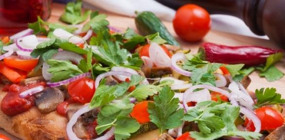 Комбонабор изпиццы, морса исоуса отслужбы доставки пиццы «Эко Пицца»