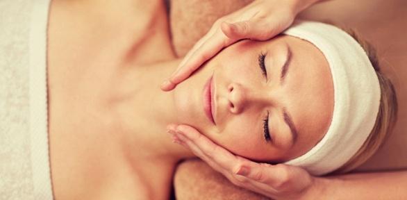 Чистка, омолаживающая терапия, массаж лица или плазмотерапия всалоне Paris