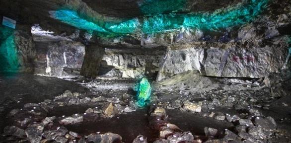 Однодневное путешествие спосещением Сьяновских пещер отклуба «Феникс»