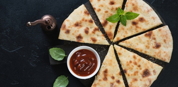 Сытные или сладкие осетинские пироги отресторана доставки «Оладушки»