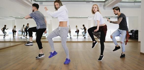 Занятия танцами для детей иподростков вшколе New Jump